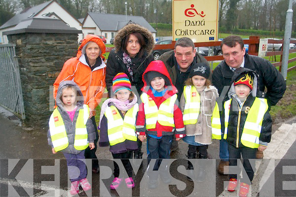 Parents whose children attend Danu Childcare Centre in Rathmore are urging Kerry County Council to provide safey measures for cars entering and exiting the centre before a very serious accident occurs. .Front L-R Aine Moriarty, Melissa Murphy, Andrew Moynihan, Rachel O'Connor and Jacub Jedrerasczak. .Back L-R Anne Maire Moriarty, manager of Danú Childcare Centre Anna Marie Fleming, Mike Finnegan and Cllr John Sheahan.