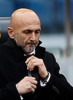 Calcio, Serie A: Lazio vs Roma. Roma, stadio Olimpico, 4 dicembre 2016.<br /> Roma&rsquo;s coach Luciano Spalletti waits for the start of the Italian Serie A football match between Lazio and Rome at Rome's Olympic stadium, 4 December 2016. Roma won 2-0.<br /> UPDATE IMAGES PRESS/Isabella Bonotto