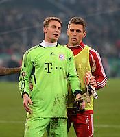 FUSSBALL   DFB POKAL   SAISON 2011/2012   HALBFINALE   21.03.2012 Borussia Moenchengladbach - FC Bayern Muenchen  Torwart Manuel Neuer (li, FC Bayern Muenchen) und Torwart Hans Joerg Butt (FC Bayern Muenchen)
