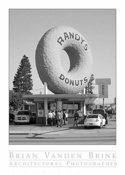 RANDY'S DONUTS, Built 1952, Inglewood, California © Brian Vanden Brink, 2010