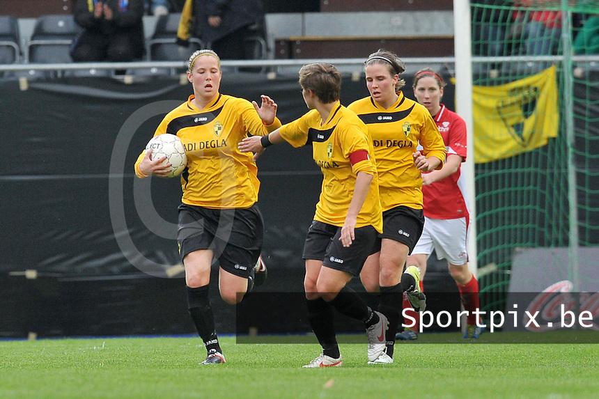 Bekerfinale 2012 : WD Lierse SK - Standard Femina :.Lenie Onzia scoort de 1-3 voor Lierse.foto David Catry / Joke Vuylsteke / Vrouwenteam.be
