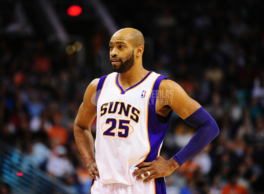 Jan. 28, 2011; Phoenix, AZ, USA; Phoenix Suns guard Vince Carter against the Boston Celtics at the US Airways Center. Mandatory Credit: Mark J. Rebilas-