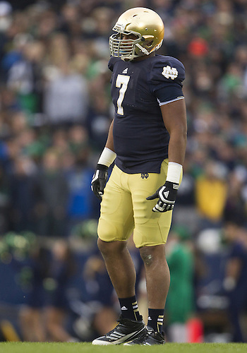 November 03, 2012:  Notre Dame defensive end Stephon Tuitt (7) during NCAA Football game action between the Notre Dame Fighting Irish and the Pittsburgh Panthers at Notre Dame Stadium in South Bend, Indiana.  Notre Dame defeated Pittsburgh 29-26 in three overtimes.