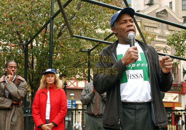 "LAUREN HUTTON & DANNY GLOVER.visits Market Square downtown for a ""Get Out The Vote"" Rally urging everyone to vote on November 2nd.October 29, 2004.half length, microphone, speech, baseball cap, hat.www.capitalpictures.com.sales@capitalpictures.com.©Jason Nelson/AdMedia/Capital Pictures."