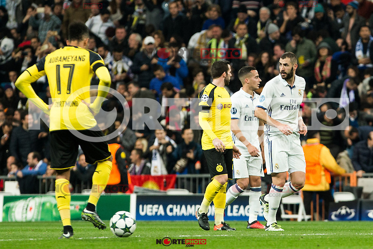 Borussia Dortmund Pierre Aubameyang, Real Madrid's Karim Benzema  during Champions League match between Real Madrid and Borussia Dortmund  at Santiago Bernabeu Stadium in Madrid , Spain. December 07, 2016. (ALTERPHOTOS/Rodrigo Jimenez) /NortePhoto.com