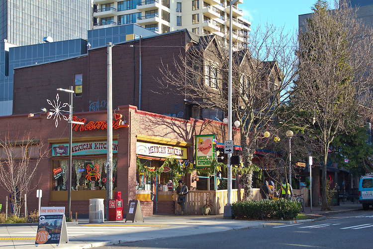 Seattle, Belltown, Mama's Mexican Kitchen, 2nd and Bell, Old turn of the century apartments and storefronts still exist during Seattle's massive build-out of office, condo and apartment projects, restaurants, Mexican restaurants,