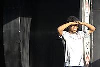 SÃO PAULO,SP,10 AGOSTO 2012 - TREINO CORINTHIANS <br />  Romarinho durante treino do Corinthians no CT Joaquim Grava, no Parque Ecologico do Tiete, zona leste de Sao Paulo, na tarde desta sexta feira 10. O time se prepara para o jogo de domingo 12 contra o Coritiba, no estadio Couto Pereir em Curitiba valido pela 16º rodada do Campeonato Brasileiro 2012. FOTO ALE VIANNA - BRAZIL FOTO PRESS