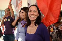 SAO PAULO, 03 DE AGOSTO DE 2012 - ELEICOES 2012 NADIA CAMPEAO E ANA HADDAD - A candidata a vice de Fernando Haddad (PT) Nadia Campeao (D) e a esposa do candidato Ana Estela Haddad (E) em comemoracao ao aniversario da lei Maria da Penha, na praca do Patriarca, regiao central da capital na tarde desta sexta feira. FOTO: ALEXANDRE MOREIRA - BRAZIL PHOTO PRESS