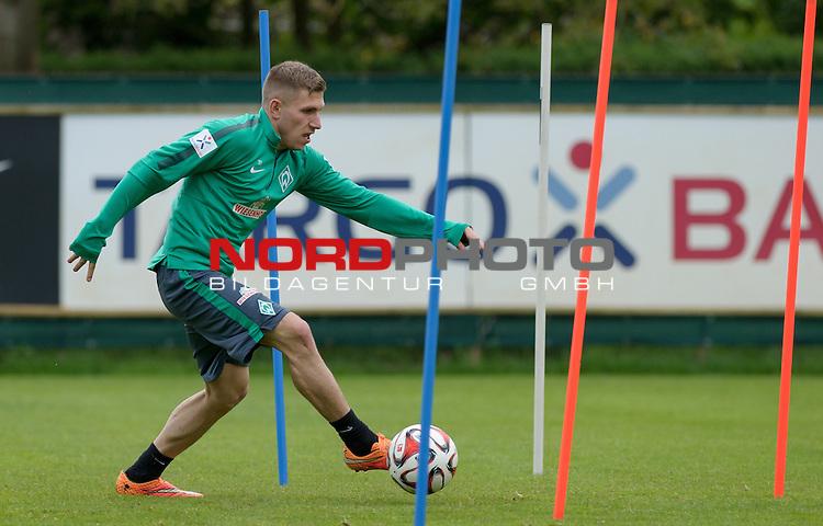 13.05.2015, Trainingsgelaende, Bremen, GER, 1.FBL, Training Werder Bremen, im Bild Levent Aycicek (Bremen #21)<br /> <br /> Foto &copy; nordphoto / Frisch