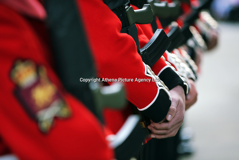 Pictured: The Welsh Guards parade through Castle Square in Swansea.  Friday 15 September 2017<br /> Re: Soldiers from the Welsh Guards have exercised their freedom to march through the streets of Swansea in Wales, UK.<br /> The Welsh warriors paraded with bayonets-fixed from the city centre to the Brangwyn Hall, where the Lord Mayor of Swansea took a salute.
