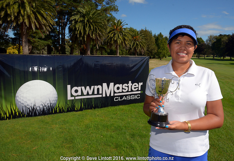 Tournament women's champion Chantelle Cassidy. The final day of the Jennian Homes Charles Tour Lawnmaster Classic Manawatu Open at Manawatu Golf Club, Palmerston North, New Zealand on Saturday, 20 March 2016. Photo: Dave Lintott / lintottphoto.co.nz