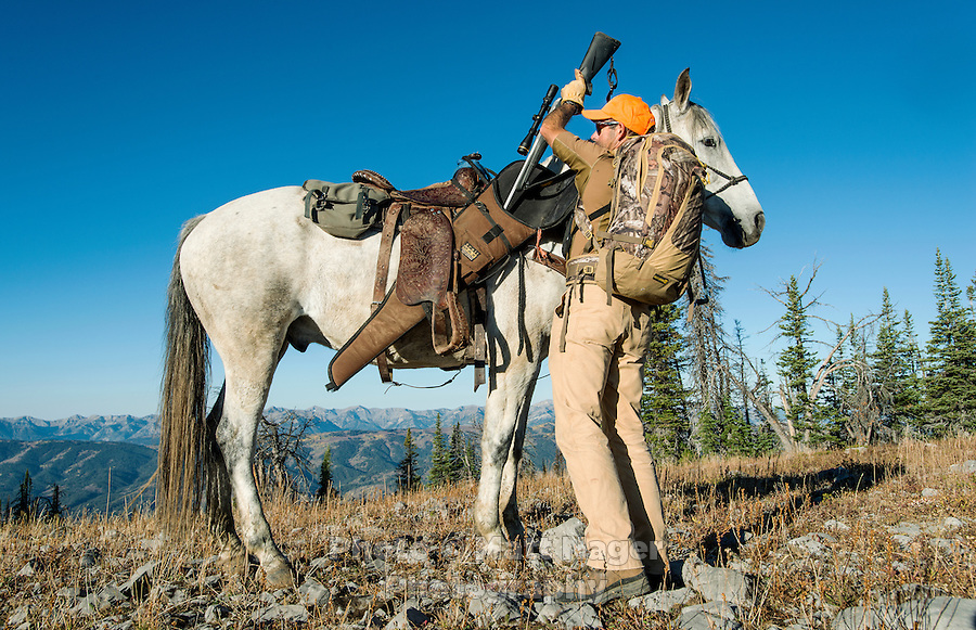 Mule deer hunting with Outdoor Life Editor Andrew McKean on Greyback Ridge in the Hoeback Drainage of Wyoming Region H, outside of Alpine, Wyoming, September 23, 2015.<br /> <br /> Photo by Matt Nager