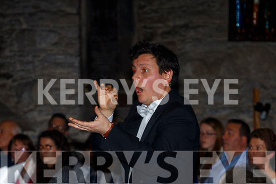 Hungarian Conductor, Gabor Pelí  in full flight at the New Dingle Choir and Orchestra in St Mary's church, Dingle last Friday December 22nd last in front of a crowd of over 400.