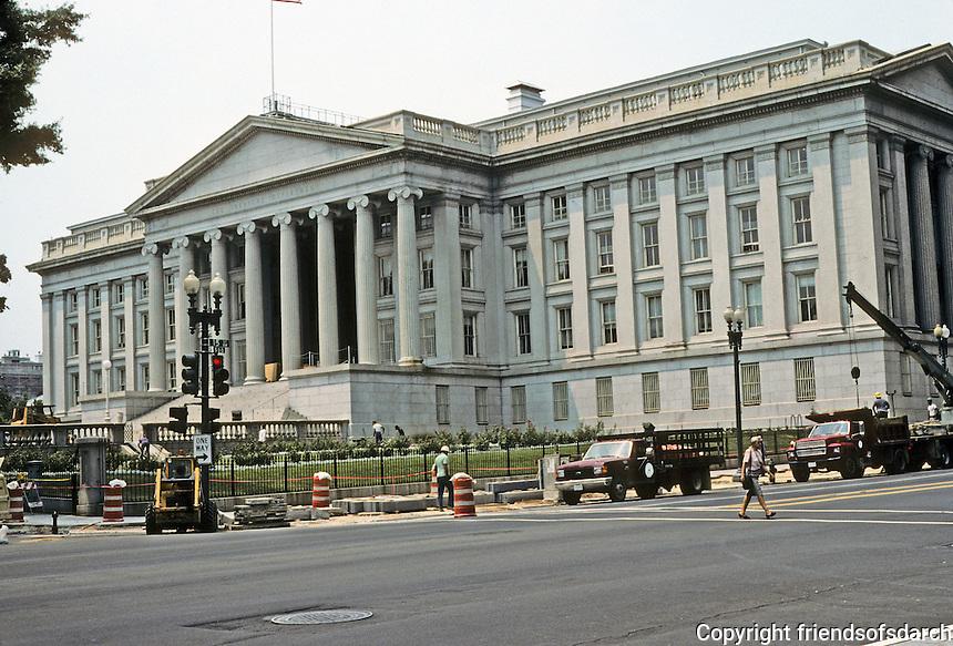 Washington D.C. : The United State Treasury Building. Photo '91.