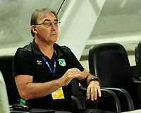 CALI - COLOMBIA - 22 - 07 - 2017: Jorge Pautasso asistente técnico del Deportivo Cali durante partido contra Cortuluá  por la fecha 4 de la Liga Aguila II 2017 jugado en el estadio Pascual Guerrero de la ciudad de Cali. / Jorge Pautasso technical assistant of Deportivo Cali during match agaisnt Cortulua for the date  4 of the Aguila League II 2017 played at Pascual Guerrero stadium in Cali city.Photo: VizzorImage / Nelson Rios / Cont