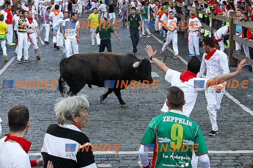 Second bull runing of San Fermin at Pamplona, with bulls of the ranch of Cebada Gago. July 08, 2016. (Insidefoto/ALTERPHOTOS/Rodrigo Jimenez <br /> San Firmino Corsa dei Tori