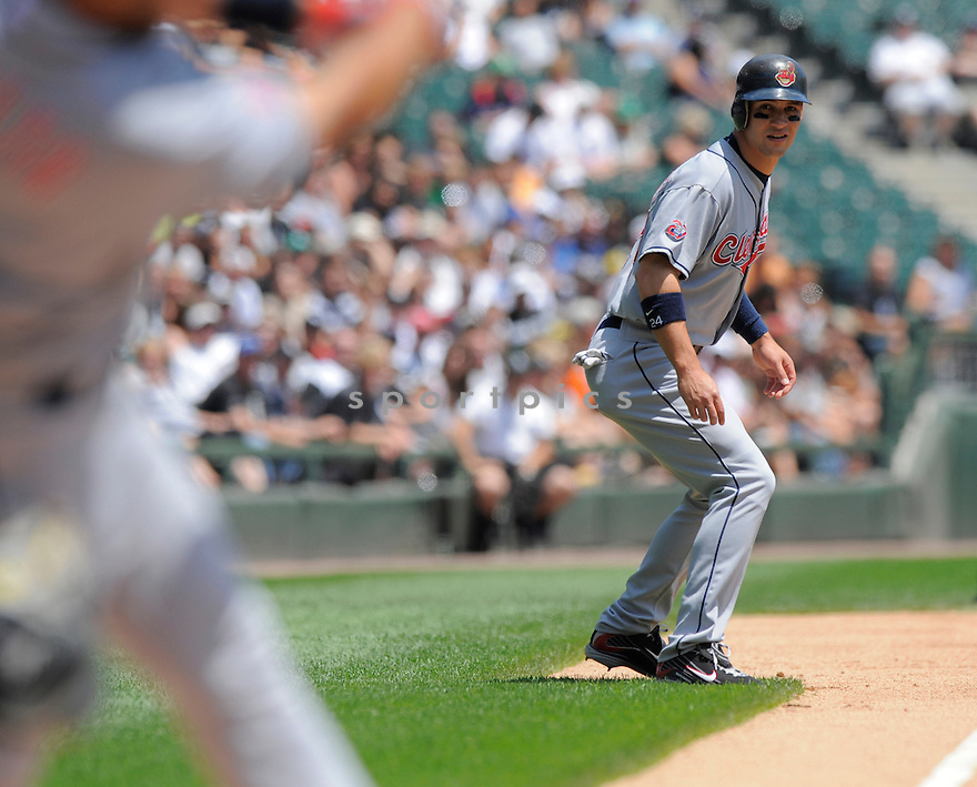 GRADY SIZEMORE, of the Cleveland Indians in action  during the Indians game against the  Chicago White Sox, The Indians beat the White Sox 10-8 in Chicago, Illinois on July 9, 2009...David Durochik