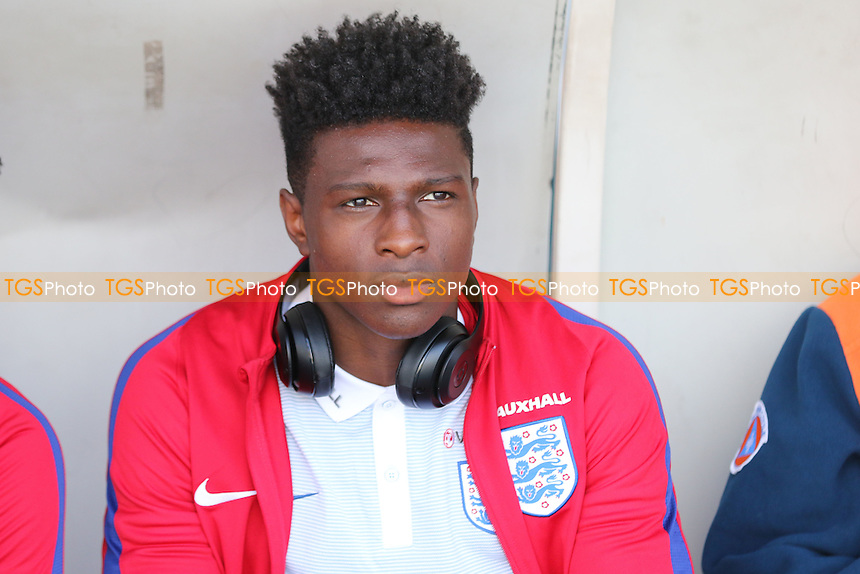 Kortney Hause of Wolverhampton Wanderers and England during England Under-20 vs Guinea Under-20, 2016 Toulon Tournament Football at Stade de Lattre on 23rd May 2016