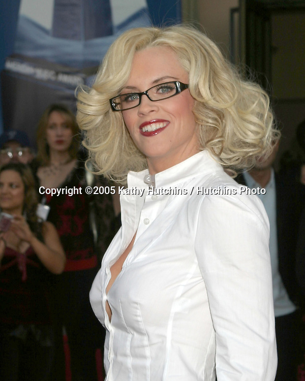 Jenny McCarthy.2005 American Music Awards.Shrine Auditorium.Los Angeles, CA.November 22, 2005.©2005 Kathy Hutchins / Hutchins Photo....