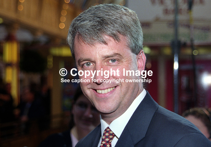 Andrew Lansley, MP, Conservative Party, UK, 199910099..Copyright Image from Victor Patterson, 54 Dorchester Park, Belfast, United Kingdom, UK. Tel: +44 28 90661296. Email: victorpatterson@me.com; Back-up: victorpatterson@gmail.com..For my Terms and Conditions of Use go to www.victorpatterson.com and click on the appropriate tab.