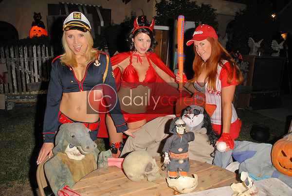Alana Curry, Jamie Carson and Lisa Cash<br />