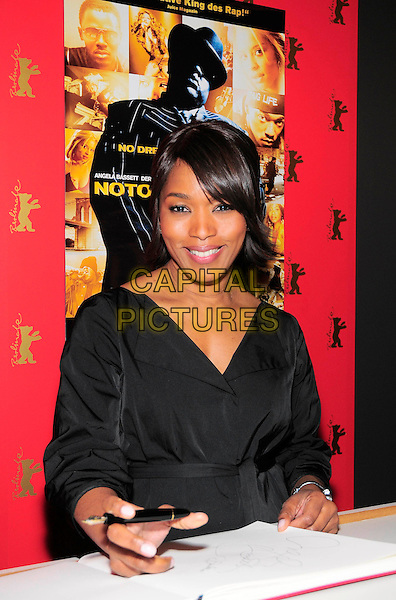 """ANGELA BASSETT.VIP reception for the film """"Notorious"""" during the 59th Berlin International Film Festival at the Grand Hyatt Hotel, Berlin, Germany..February 11th, 2009.half length black top basset.CAP/PPG/NK.©Norbert Kesten/People Picture/Capital Pictures"""