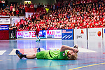 Eskilstuna 2014-05-12 Handboll SM-semifinal 3 Eskilstuna Guif - Alings&aring;s HK :  <br /> Alings&aring;s Marcus Enstr&ouml;m har skadat sig i en n&auml;rkamp i den f&ouml;rsta halvleken och dr&ouml;jer sig kvar liggandes p&aring; planen<br /> (Foto: Kenta J&ouml;nsson) Nyckelord:  Eskilstuna Guif Sporthallen Alings&aring;s AHK SM Semifinal Semi skada skadan ont sm&auml;rta injury pain depp besviken besvikelse sorg ledsen deppig nedst&auml;md uppgiven sad disappointment disappointed dejected