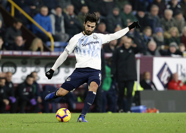 Everton's Andre Gomes<br /> <br /> Photographer Rich Linley/CameraSport<br /> <br /> The Premier League - Burnley v Everton - Wednesday 26th December 2018 - Turf Moor - Burnley<br /> <br /> World Copyright © 2018 CameraSport. All rights reserved. 43 Linden Ave. Countesthorpe. Leicester. England. LE8 5PG - Tel: +44 (0) 116 277 4147 - admin@camerasport.com - www.camerasport.com