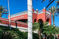 Naples Bay Resort Hotel and Marina, Naples, Florida, USA.