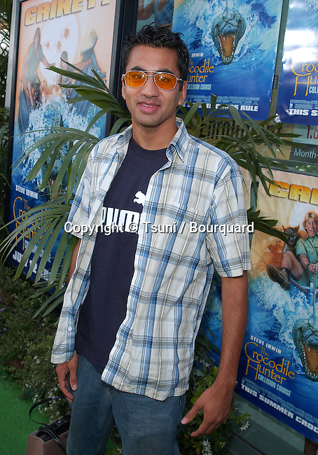 "Kal Penn arriving at the premiere "" Crocodile Hunter: Collision Course "" at the Arclight Theatre in Los Angeles. June 29, 2002.           -            PennKal01.jpg"