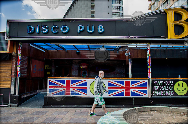 The Bahamas Disco Pub ('top deals on stag and hen's parties') decorated with various Union Jack flags on Avenida Mallorca. Spain is home to more British ex-pats than anywhere else in the world, mostly concentrated in its Mediterranean regions a huge service industry, much of it run by other ex-pats, has grown up to provide this population with British food, drink and other home comforts.