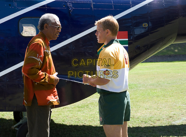 MORGAN FREEMAN & MATT DAMON in Invictus.*Filmstill - Editorial Use Only*.CAP/FB.Supplied by Capital Pictures.