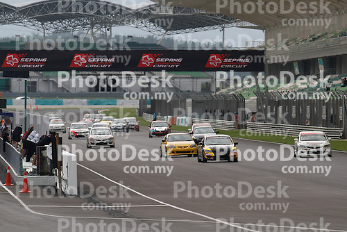 KUALA LUMPUR, MALAYSIA - May 29:  Formation lap of Malaysia Championship Series Round 1 at Sepang International Circuit on May 29, 2016 in Kuala Lumpur, Malaysia. Photo by Peter Lim/PhotoDesk.com.my