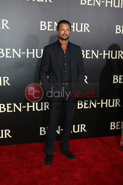 David Charvet<br /> at the &quot;Ben-Hur&quot; Premiere, TCL Chinese Theater IMAX. Hollywood, CA 08-16-16<br /> David Edwards/DailyCeleb.com 818-249-4998