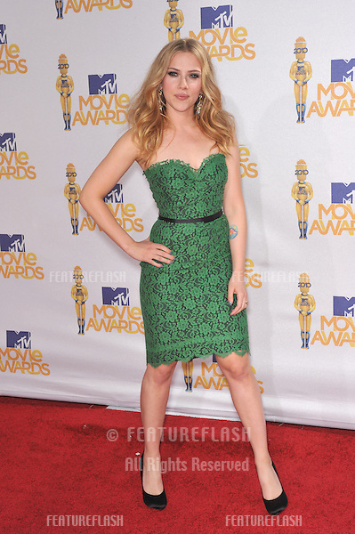 Scarlett Johansson at the 2010 MTV Movie Awards at the Gibson Amphitheatre, Universal Studios, Hollywood..June 6, 2010  Los Angeles, CA.Picture: Paul Smith / Featureflash