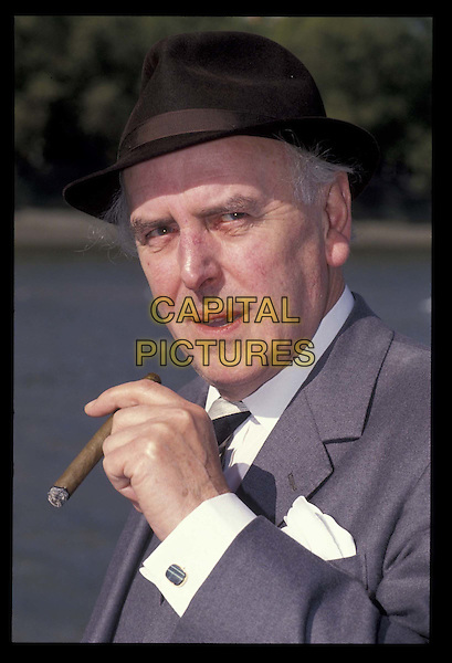 GEORGE COLE.Ref:026.cigar, smoking, hat, headshot, portrait.*RAW SCAN- photo will be adjusted for publication*.www.capitalpictures.com.sales@capitalpictures.com.©Capital Pictures