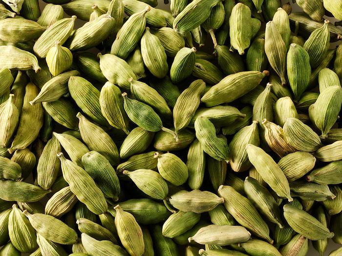 Whole Green Elaichi  Cardamoms pods - Stock Photos
