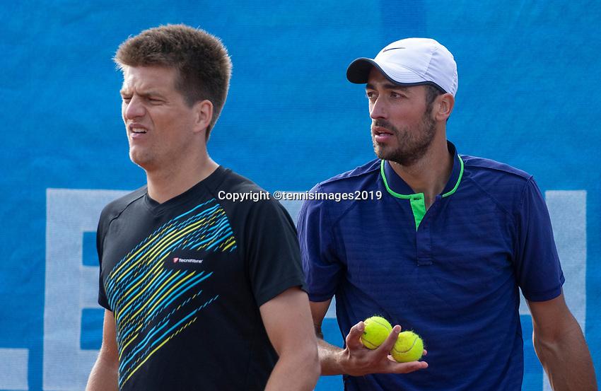 Zandvoort, Netherlands, 8 June, 2019, Tennis, Play-Offs Competition, Mens doubles: Sander Arends (L) and David Pel (NED)<br /> Photo: Henk Koster/tennisimages.com