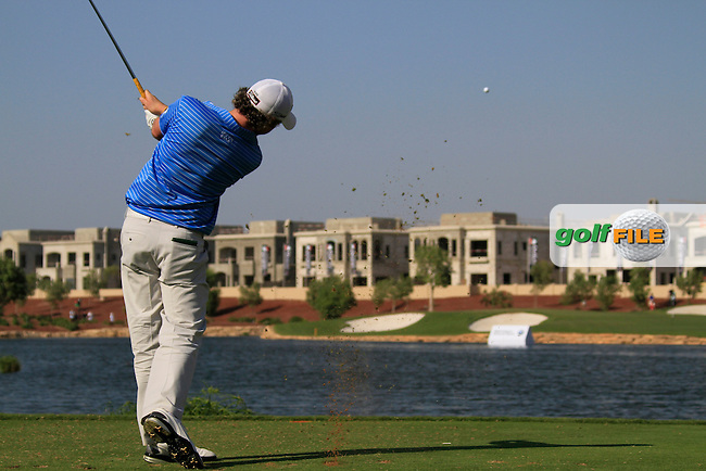 Rory McIlroy tees off on the par3 17th hole during Day 2 of the Dubai World Championship, Earth Course, Jumeirah Golf Estates, Dubai, 26th November 2010..(Picture Eoin Clarke/www.golffile.ie)
