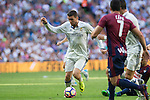 Real Madrid's Mateo Kovacic during the match of La Liga between Real Madrid and SD Eibar at Santiago Bernabeu Stadium in Madrid. October 02, 2016. (ALTERPHOTOS/Rodrigo Jimenez)