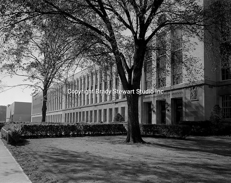 Pittsburgh PA:  View of Mount Lebanon Pennsylvania High School - 1968