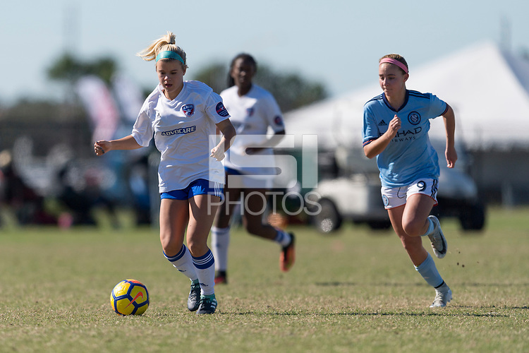 Lakewood Ranch, FL - Sunday Dec. 10, 2017: Shelby Craft (25) 2017 Development Academy Winter Showcase & Nike International Friendlies at Premier Sports Campus at Lakewood Ranch, FL.