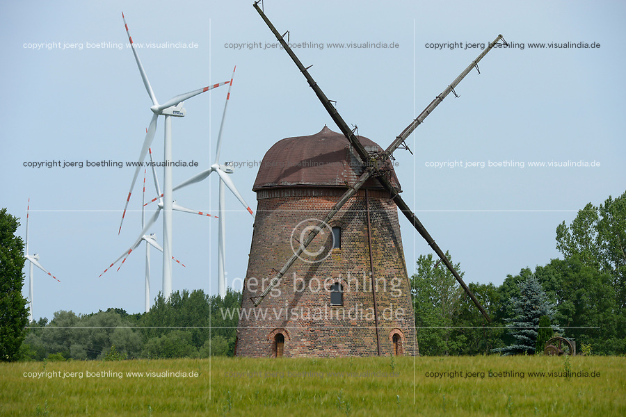 POLAND, new Vestas wind turbine and old windmill / POLEN, Pommern, Vestas Windkraftanlagen und alte Windmuehle