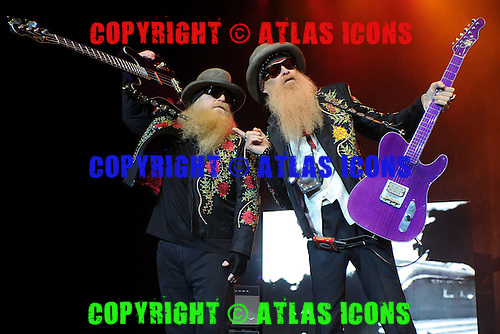 HOLLYWOOD FL - DECEMBER 28 : Dusty Hill and Billy Gibbons of ZZ Top perform at Hard Rock Live held at the Seminole Hard Rock Hotel & Casino on December 28, 2013 in Hollywood, Florida. : Credit Larry Marano (C) 2013