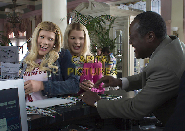 SHAWN WAYANS  & MARLON WAYANS & FRANKIE FAISON.in White Chicks.Filmstill - Editorial Use Only.Ref: FB.www.capitalpictures.com.sales@capitalpictures.com.Supplied by Capital Pictures
