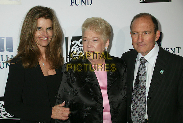 "MARIA SHRIVER, CHERNA & GARY GITNICK .Annual ""Stars 2006"" Benefit Gala hosted by the Fulfillment Fund held at the Beverly Hilton Hotel, Beverly Hills, California, USA..October 16th, 2006.Ref: ADM/BP.half length black jacket husband wife.www.capitalpictures.com.sales@capitalpictures.com.©Byron Purvis/AdMedia/Capital Pictures."