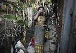 Ambarya,18 ans, voisine de Aicha, elle est arrivée à Mayotte alors qu'elle était encore bébé. Depuis elle vit dans la clandestinité avec sa mère et ses 8 frères et soeurs, Labattoir, Mayotte, septembre 2016