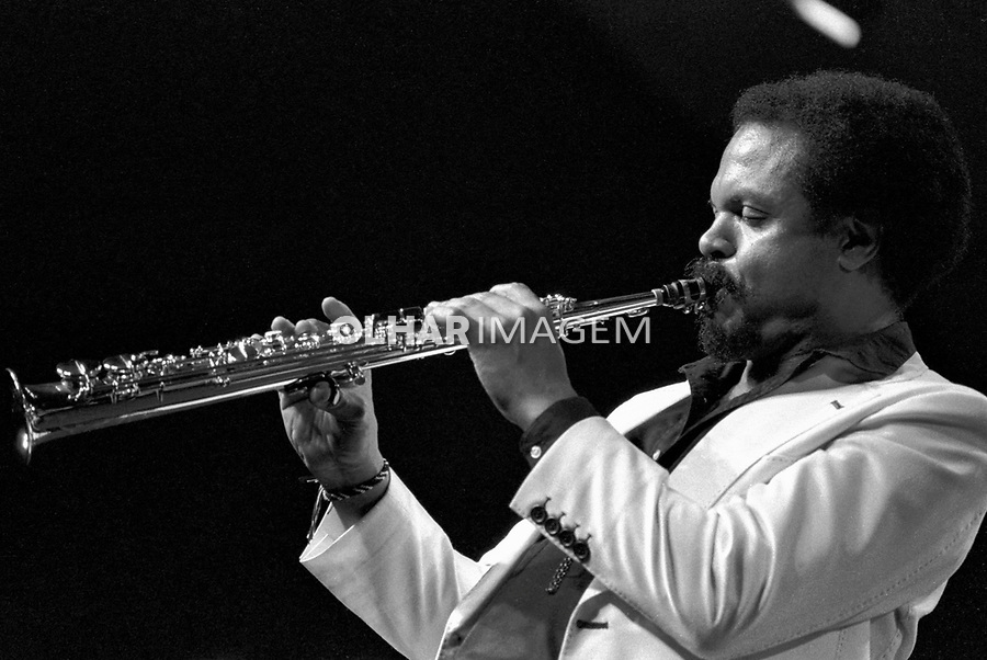 Pessoa. Personalidade. Paulo Moura, maestro, músico e compositor. SP. 1977. Foto de Juca Martins.