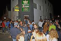 Büttelborn 16.09.2016: Ausgraben der Büttelborner Kerb<br /> Zahlreiche Gäste waren zum traditionellen Kerbausgraben an die Krone gekommen