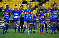 SP Marais lines up a penalty attempt during the Super Rugby match between the Hurricanes and Stormers at Westpac Stadium in Wellington, New Zealand on Saturday, 23 March 2019. Photo: Dave Lintott / lintottphoto.co.nz